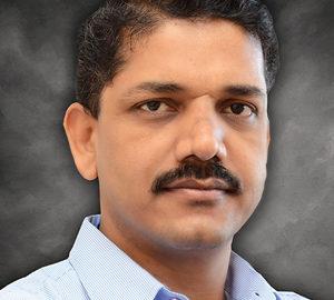 Dr Shrikar Pardeshi