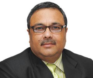 Pawan Kapoor,