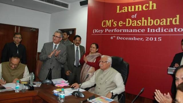 Haryana CM ML Khattar launching CM e-Dashboard in Chandigarh recently.