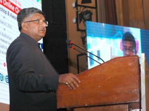 The Union Minister for Communications & Information Technology, Shri Ravi Shankar Prasad addressing at the Award Presentation Ceremony of the Digital Wellness Online Challenge-2015, in New Delhi on February 04, 2016.