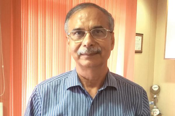 Dr Dinesh Tyagi