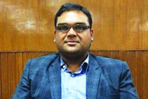 Dr Basant Garg