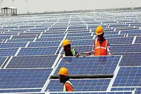 Asia's largest solar plant in Madhya Pradesh