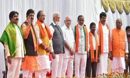 CM Yediyurappa expands cabinet, 4 MLAs & 3 MLCs take oath